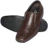 Tracer Slip On Shoes (Brown)