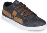 Star Style Sneakers (Brown)