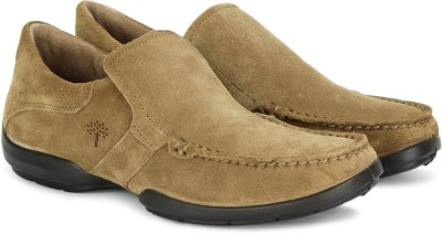Woodland Loafers available at Flipkart for Rs.2797