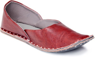 Mochri Jutis Ethnic shoe