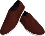 Aartisto Brown Men Daily Canvas Shoes Ca...