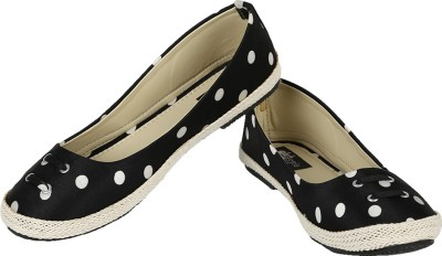 Foot Race Polka Dots Bellies(Black, White)