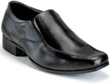 Randier Slip On Shoes (Black)