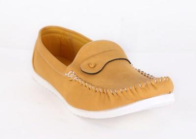 Quarks Beige Loafers