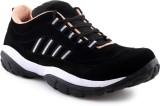 V5 Casual Shoes (Black, White)