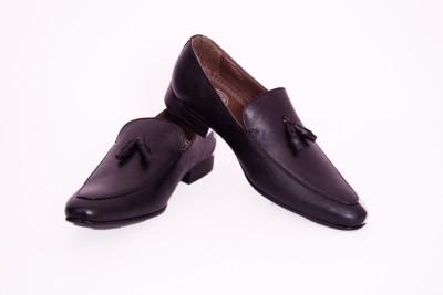 BLACK SHARK Loafers