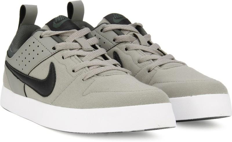 Nike LITEFORCE III Sneakers(Green, Grey)