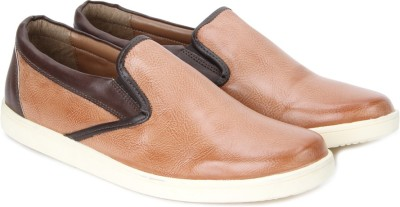 Knotty Derby Justin Loafer Loafers(Brown)