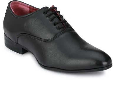Lagesto Lace Up