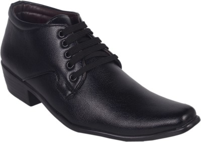 Cool River Lace Up