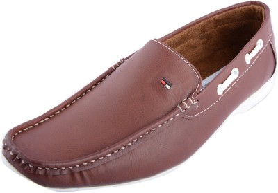 Futs Loafers