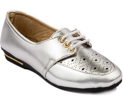 Wellworth Casual Shoes