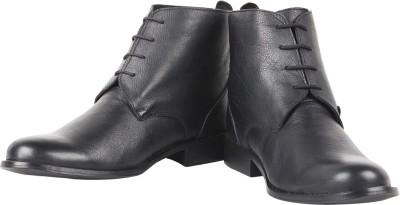 Zeta Plain Boots