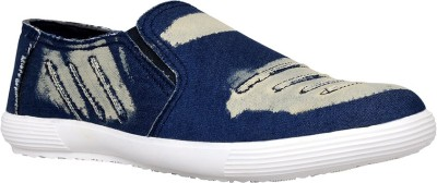 IZOR Canvas Shoes, Loafers, Casuals