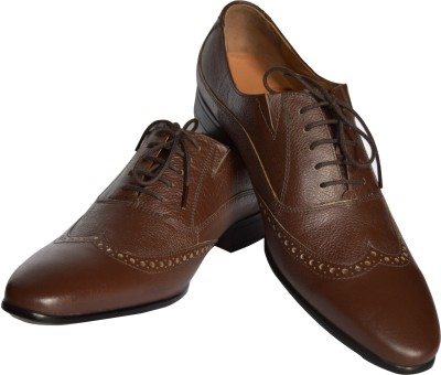 stride Magnate Lace Up Shoes