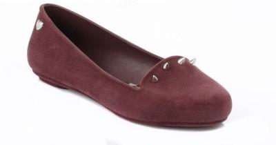 Mel Womens Plum Glow Stud Pumps Casual Shoes