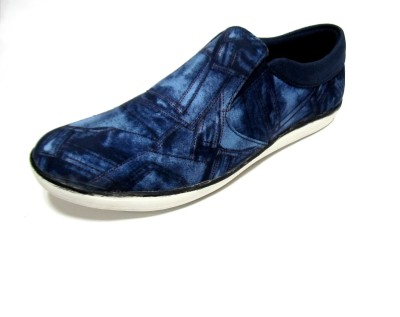 Roony Canvas Shoes
