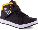 V5 Sneakers Shoes (Black, Yellow)