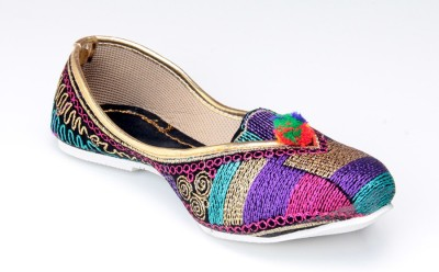 Mochi Women Ethnic Shoes
