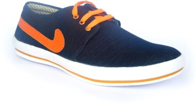 A Cheval Sneakers