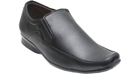 Chariot Lifestyles Slip On Shoes