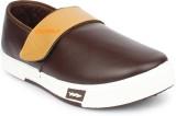 Columbus Sneakers (Brown, Beige)