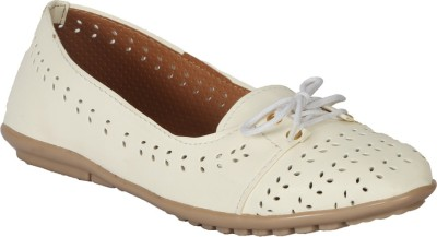 Zachho Cool and Trendy HC205-White Bellies