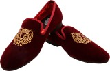 Blu Boot Fashionable Loafers (Maroon)