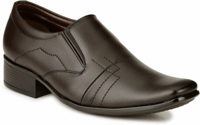 Mactree Designer Slip On Shoes