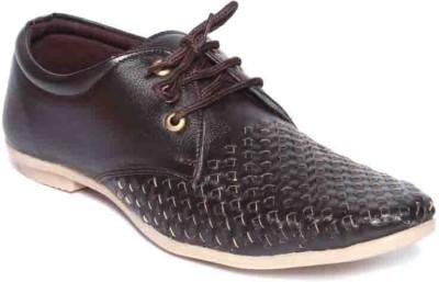 Om Overseas Sneakers