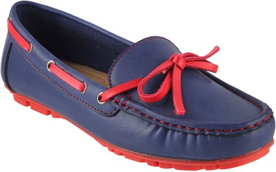Metro Classic Boat Shoes
