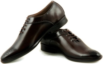 24 Casuals Super Brown Lace Up Shoes