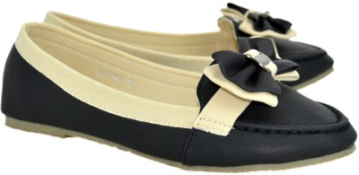 Blue Parrot 9147 Black Closed Toe Belly