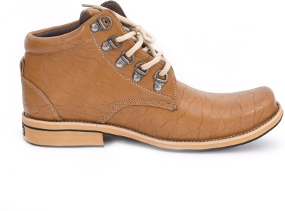 ndeez Boots, Outdoors