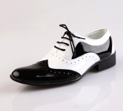 Taurus Black & white Lace Up