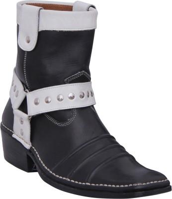 Walkaway Black color lather stylish Boots