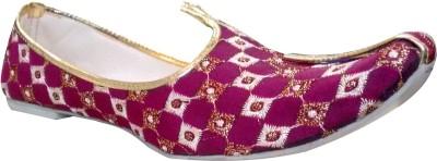 Carresa New Style Burgundy Colour Punjabi Jutis