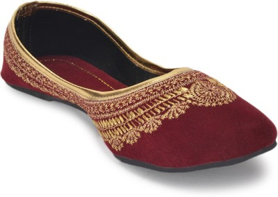 Paduki Ethnic Footwear Jutis(Red)