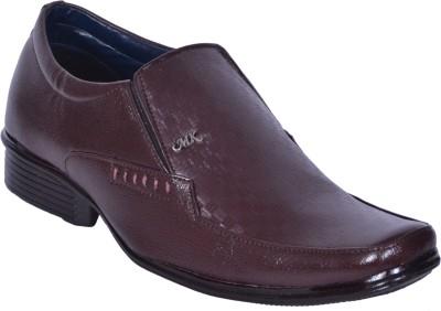 Sukun Slip On Shoes