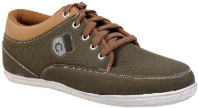 Core Casual Shoes