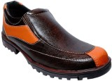 Falcon Casual Shoes (Brown)