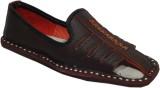 Paduki Ethnic Shoes Mojaris (Burgundy)