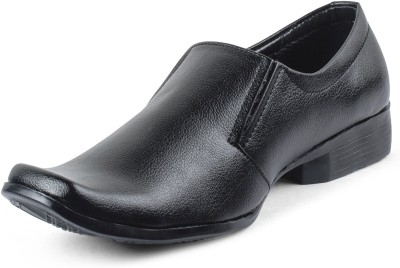 Vonc Black Leather Slip On Shoes
