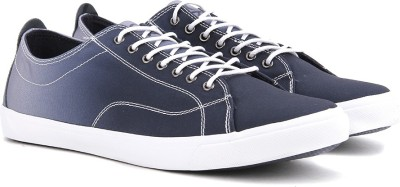 United Colors of Benetton Men Sneakers(Blue)
