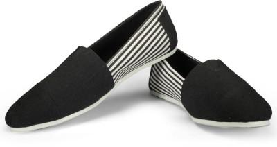 FUNK Coug Black with Blk White Stripes Canvas Shoes