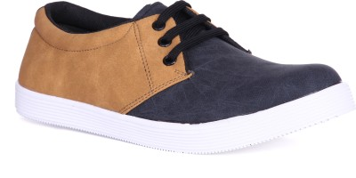 Royal Collection Black Sneakers