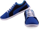 Shoe Striker Black Casuals (Black, Blue)