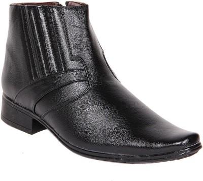 Big Wing Black Boots