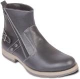 Ten Stylish and Elegant Boots (Black)
