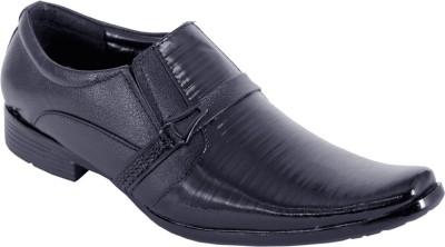 Random trendy shoes Slip On
